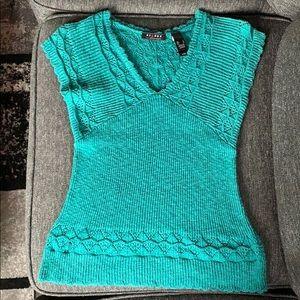 Turquoise shirt sleeve sweater